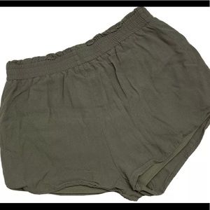 Forever 21 Army Green Shorts size small.